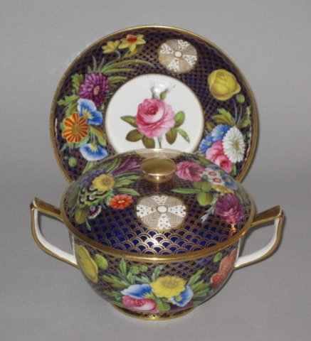 Rare SPODE Ecuelle Bowl, Cover & Stand. Circa 1815 - Click to enlarge and for full details.