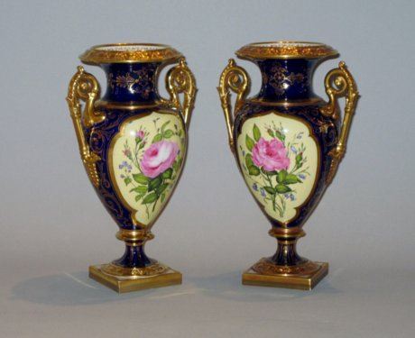 FINE PAIR OF FLIGHT BARR & BARR WORCESTER VASES. CIRCA 1820. - Click to enlarge and for full details.
