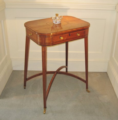 LATE 18TH CENTURY TULIPWOOD OCCASIONAL TABLE. CIRCA 1780 - Click to enlarge and for full details.