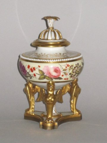 FLIGHT BARR & BARR WORCESTER POT POURRI BOWL & COVER. CIRCA 1815-20 - Click to enlarge and for full details.