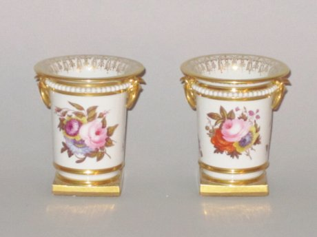 PAIR FLIGHT BARR & BARR WORCESTER SPILL VASES - Click to enlarge and for full details.