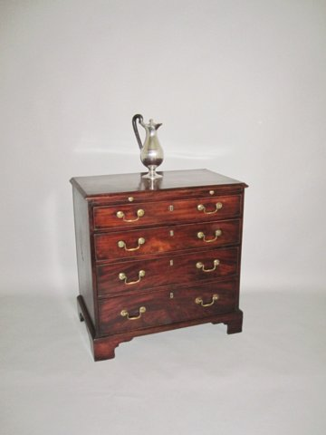 GEORGE III MAHOGANY CHEST, CIRCA 1780 - Click to enlarge and for full details.