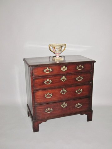 GEORGE III MAHOGANY CHEST, CIRCA 1775 - Click to enlarge and for full details.