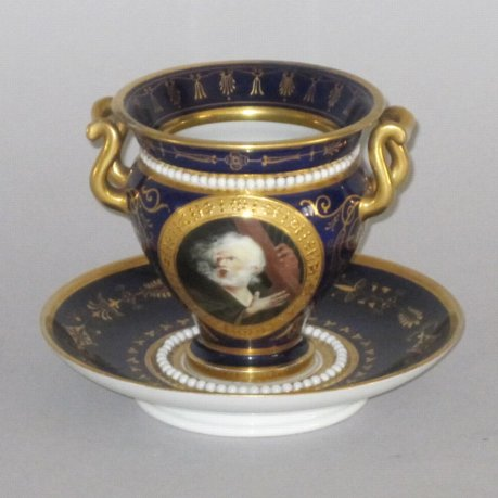 FLIGHT BARR & BARR WORCESTER PORCELAIN CABINET CUP & SAUCER. CIRCA 1810-13 - Click to enlarge and for full details.
