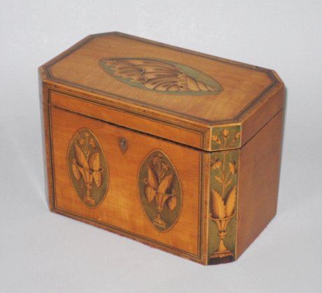 FINE SATINWOOD TEA CADDY. GEORGE III, CIRCA 1780. - Click to enlarge and for full details.
