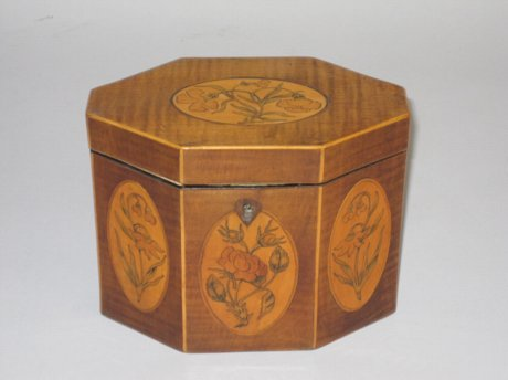 HAREWOOD & SATINWOOD TEA CADDY. CIRCA 1775 - Click to enlarge and for full details.
